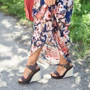 Shoedazzle Brown Strappy Sal Espadrille Wedges